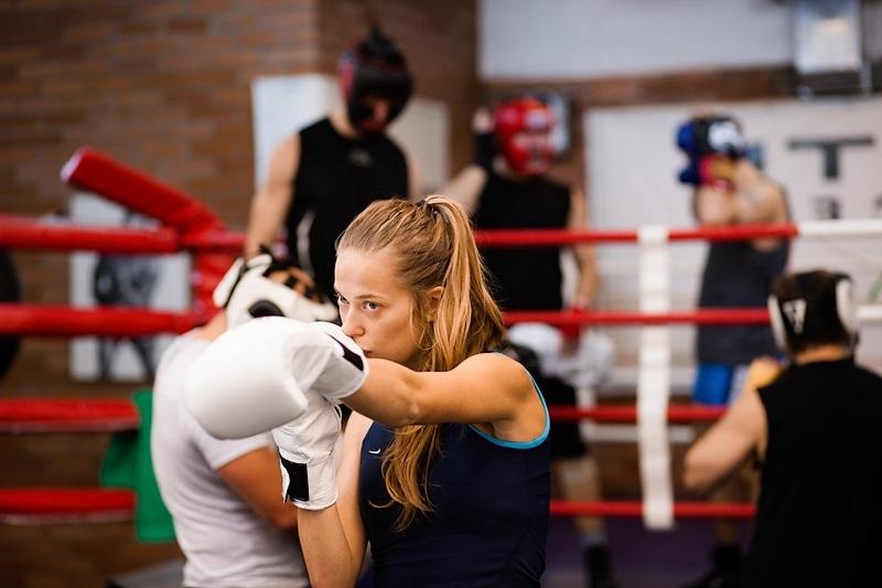 Бокс для девушек